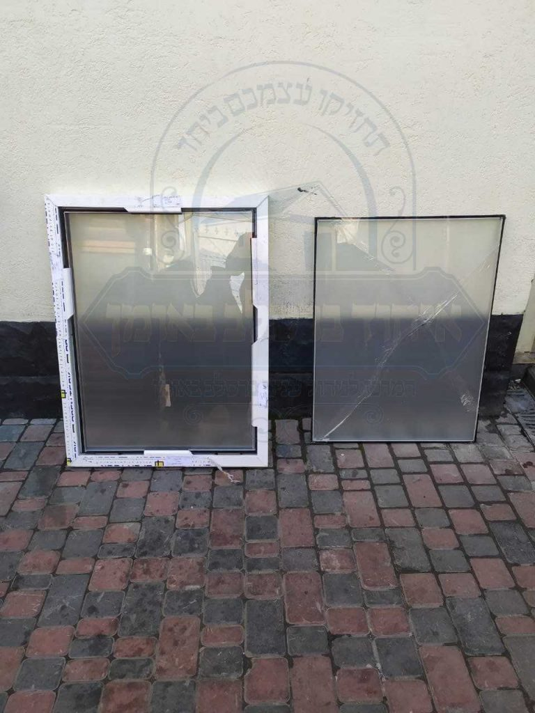 החלפת ותיקון חלונות שבורים
