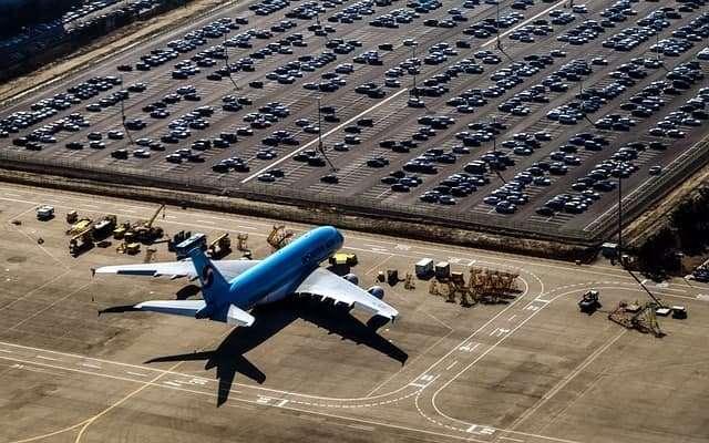 חניון בשדה התעופה