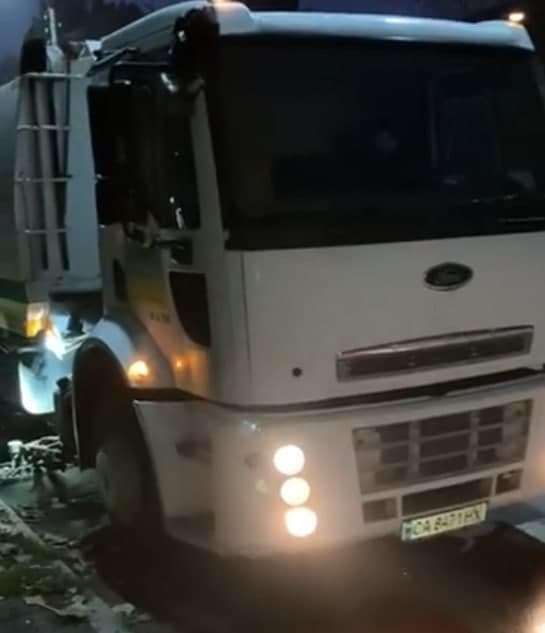 משאית חדשה לניקוי הרחובות