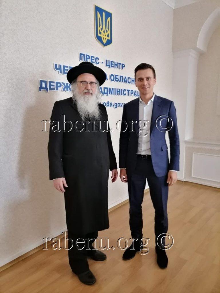 הרב נתן בן נון בפגישה עם המושל המחוזי החדש