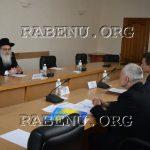 הרב נתן בן נון בפגישה עם המושל המחוזי