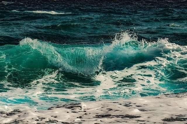 ליקוטי הלכות לשביעי של פסח - קריעת ים סוף