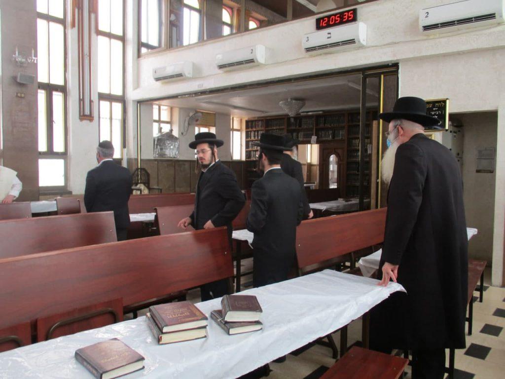 שגריר אוקראינה בשול - בית הכנסת ברסלב בירושלים