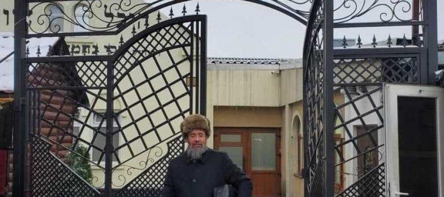 ר' אברהם הגיע לתפילה בציון על רקש שער ר' משה רייך